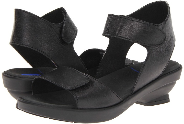 Wolky Anantara (Black Cappretto Leather) - Footwear