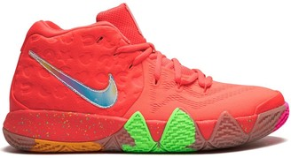 Nike Kids TEEN Kyrie 4 Lucky Charms Mid-Top sneakers