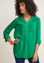 ModCloth Pam Breeze-ly Long Sleeve Tunic in Green in L - Regular