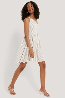 NA-KD One Shoulder Asymmetric Dress