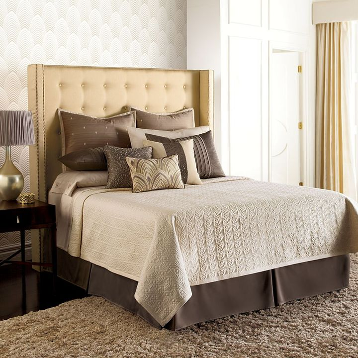 JLO by Jennifer Lopez bedding collection gatsby quilted coverlet - king