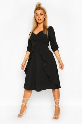boohoo Plus Ruffle Detail Wrap Midi Dress