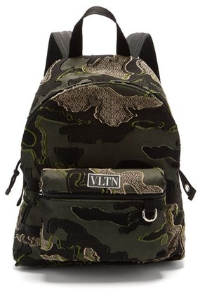 Valentino Logo-patch Fil-coupe Camouflage-jacquard Backpack - Khaki