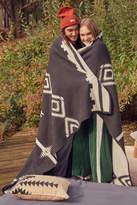 Urban Outfitters Pendleton Los Ojos Reversible Bed Blanket