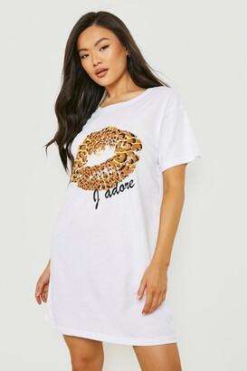 boohoo Leopard Print Lips T-Shirt Dress