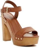 GUESS Zanie Platform Sandal