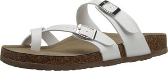 Madden-Girl Women's BRYCEEE Flat Sandal