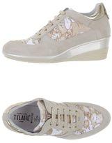 Alviero Martini Low-tops & sneakers