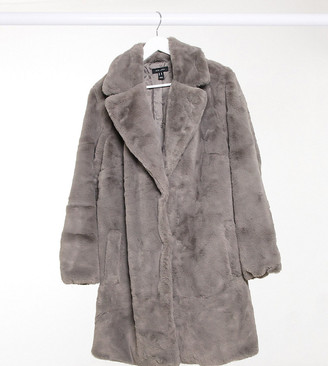 New Look Plus New Look Curve faux fur jacket in grey