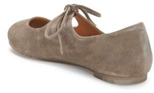 Me Too Women's Cacey Mary Jane Flat
