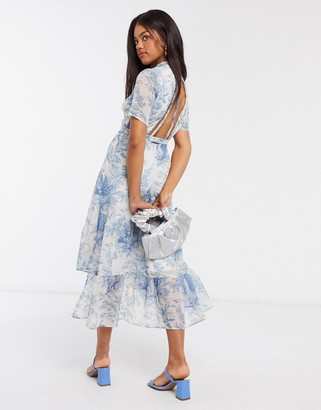 Hope & Ivy open back midaxi dress with ruffle hem in blue print