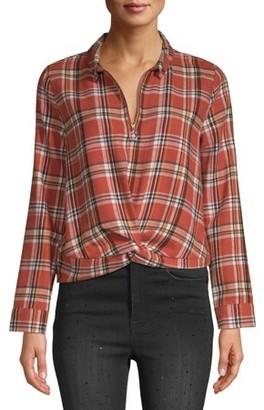 No Boundaries Juniors' Collar Zip Front Plaid Shirt with Twist Front