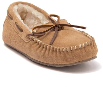 Minnetonka Petra Trapper Faux Fur Lined Slipper