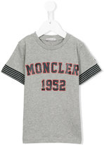 Moncler logo print T-shirt - kids - Cotton - 4 yrs