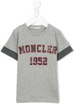 Moncler logo print T-shirt - kids - Cotton - 5 yrs