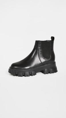Villa Rouge Packer Chelsea Boots