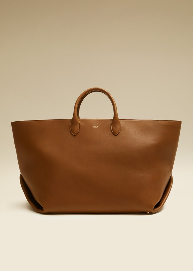 KHAITE The Large Envelope Pleat Tote in Caramel Leather