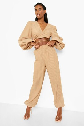 boohoo Textured Relaxed Fit Joggers