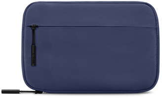 Incase Nylon Accessory Organizer for iPhone and Apple Watch - navy