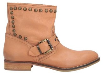 Thomas Laboratories REED Ankle boots
