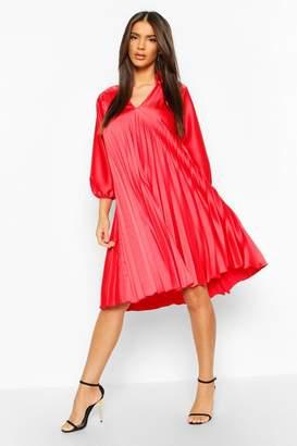 boohoo V Neck Pleated Midi Dress