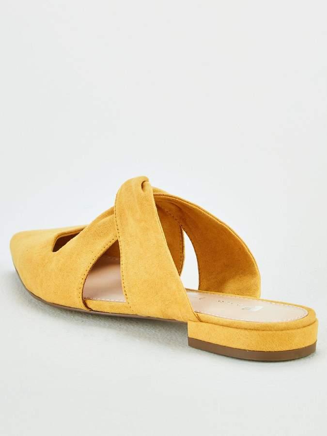 27b6c3287 Pointed Flat Shoes - ShopStyle UK