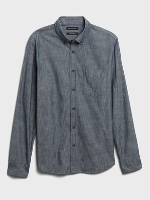 Banana Republic Untucked Standard-Fit Chambray Shirt