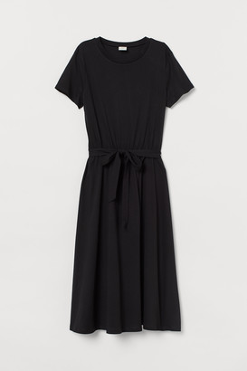 H&M Tie-belt Jersey Dress