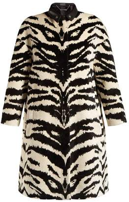 Alexander McQueen Tiger Jacquard Velvet Coat - Womens - Black White