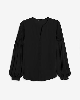 Express Pleated Balloon Sleeve Portofino Shirt
