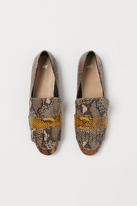 H&M Snakeskin-patterned loafers