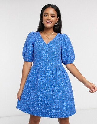 Vero Moda quilted smock dress with puff sleeve in ditsy blue