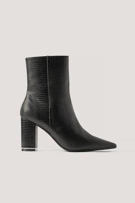 Gine Margrethe X NA-KD Snake Printed Heels