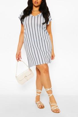 boohoo Plus Stripe V-Neck Key Hole Detail T-Shirt Dress