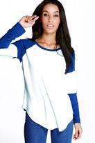 Boohoo Amber Curved Hem Raglan Sleeve Baseball T-Shirt