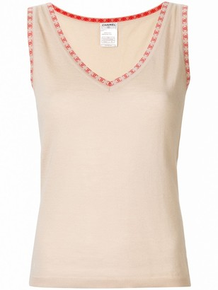 Chanel Pre Owned CC logos sleeveless knit top