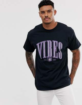 New Look oversized t-shirt with vibes print in black-Grey