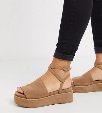Tabitha ASOS DESIGN Wide Fit chunky flatform sandals in beige