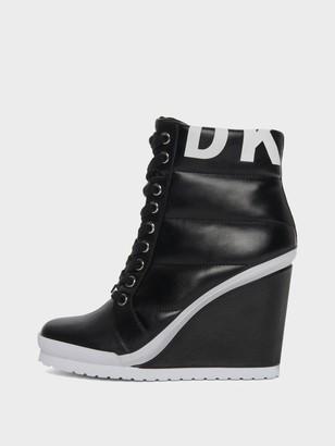 DKNY Women's Noho Wedge Sneaker - Black - Size 6