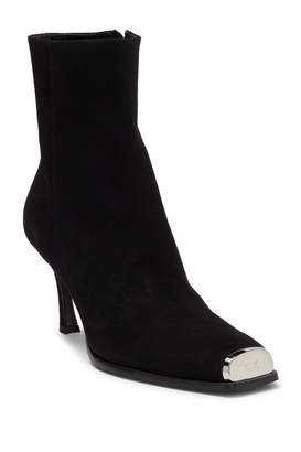 Calvin Klein Winsaz 57 Suede Cap Toe Boot