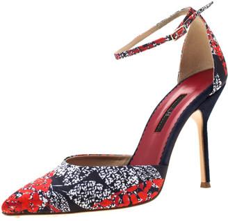Carolina Herrera Blue Floral Printed Satin Pointed Toe Ankle Strap Sandals Size 38