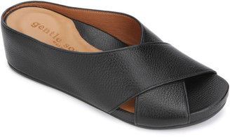 Gentle Souls By Kenneth Cole Gianna X-Band Leather Slide Sandal