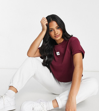The North Face central logo crop t-shirt in burgundy Exclusive at ASOS