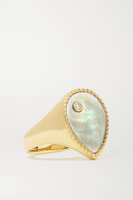 Yvonne Léon 9-karat Gold Mother-of-pearl And Diamond Signet Ring - 6