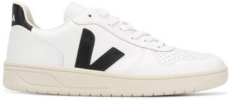 Veja Logo Embroidered Low Top Sneakers