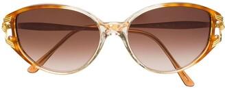 Emanuel Ungaro Pre-Owned Cat-Eye Shaped Sunglasses