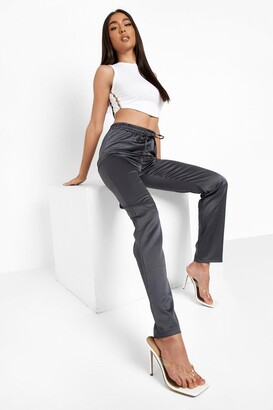 boohoo Cropped Satin Luxe Jogger