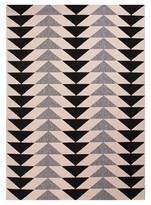 Jaipur Indoor/Outdoor Jagged Triangle Rug - Ivory/Black