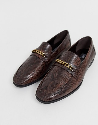 Asos Design DESIGN loafers in faux leather with snake effect-Brown