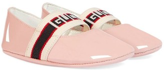 Gucci Kids Baby patent leather ballet flat with stripe